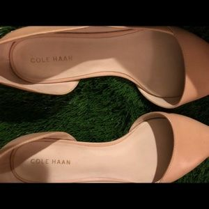 Cole Haan Shoes - Cole Haan Nude Beige pointed toe leather flats